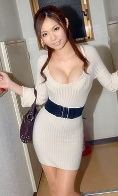 Natsumi Shiraishi [白石夏美]
