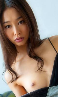 Iroha Natsume [夏目彩春]