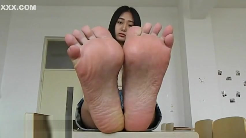 Anal Masturbation Showing Feet