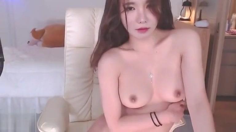 Hot Pinay Solo Masturbate